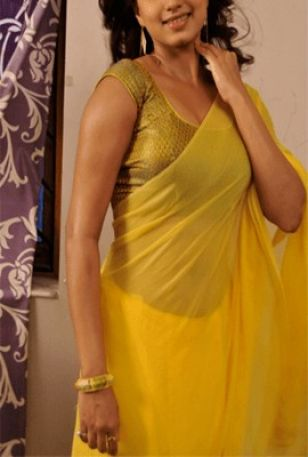 Ragini Arora Housewife